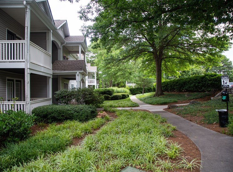Walton Grove Apartment Homes, Smyrna GA Walking Paths