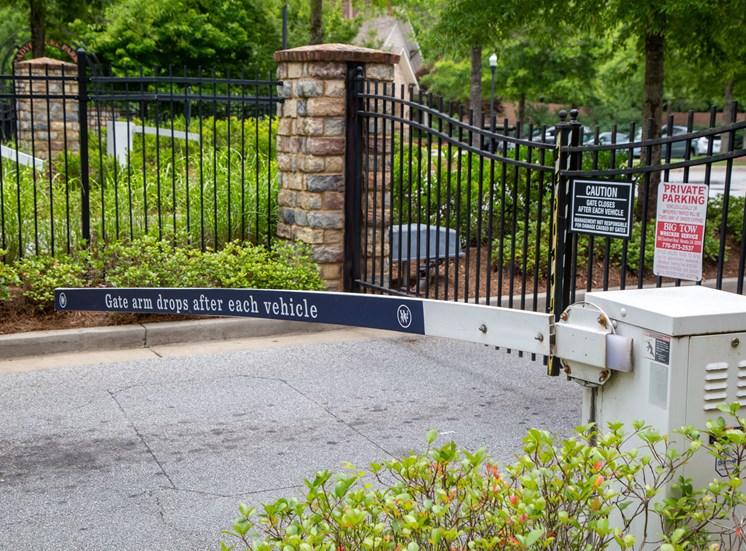 Walton Lakes, Camp Creek Parkway Gated Entry