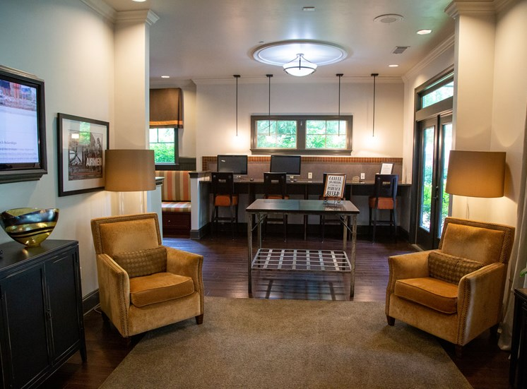Walton Lakes, Camp Creek Parkway Community Room