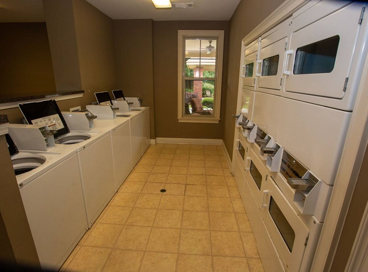Walton Oaks Apartment Homes, Augusta GA Laundry Facility