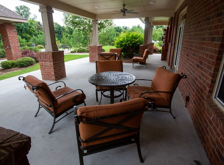 Walton Oaks Apartment Homes, Augusta GA Outdoor Seating