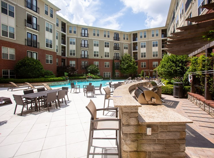 Walton Riverwood Apartment Homes  Atlanta, GA Poolside Grill