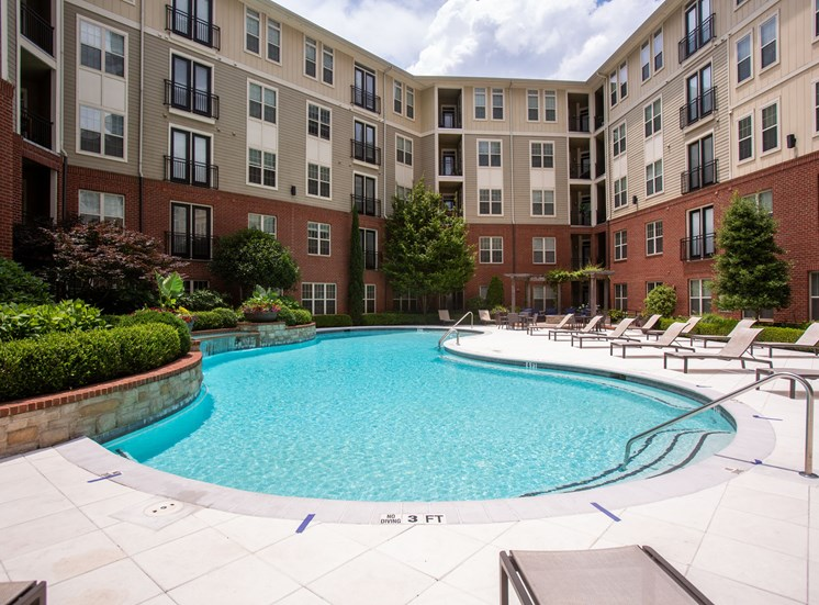 Walton Riverwood Apartment Homes  Atlanta, GA Swimming Pool