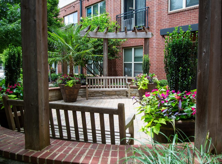 Walton Riverwood Apartment Homes  Atlanta, GA Pocket Park