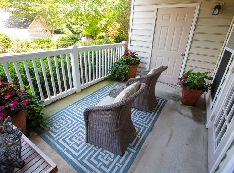 Walton Vinings Apartment Homes patio