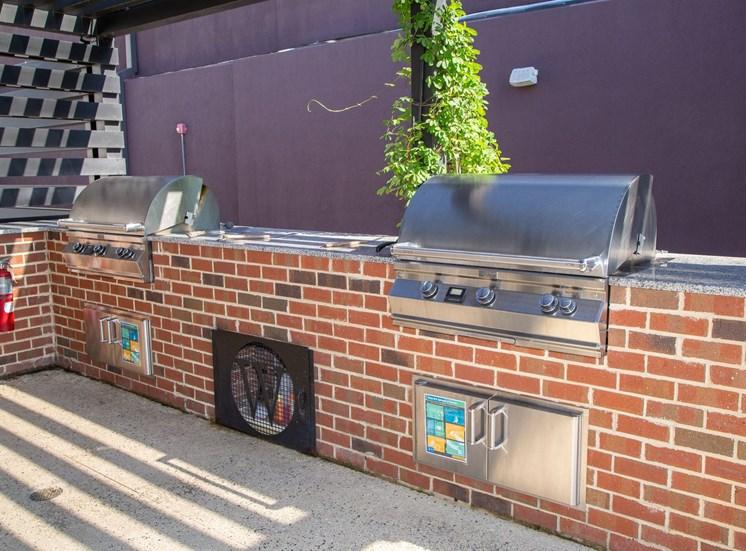 Walton Westside Apartment Homes Rooftop grills
