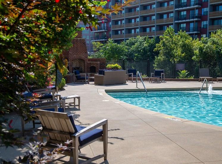 Walton Westside Apartment Homes Swimming Pool