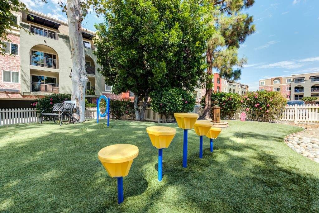Pet-Friendly Luxury Apartments in Woodland Hills CA - The Reserve at Warner Center Dog Park