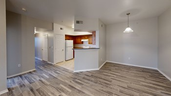 2950 Alemeda St 2-4 Beds Apartment for Rent Photo Gallery 1