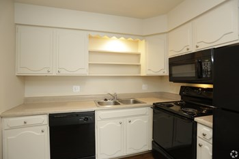 1520 E 97Th St 1-2 Beds Apartment for Rent Photo Gallery 1
