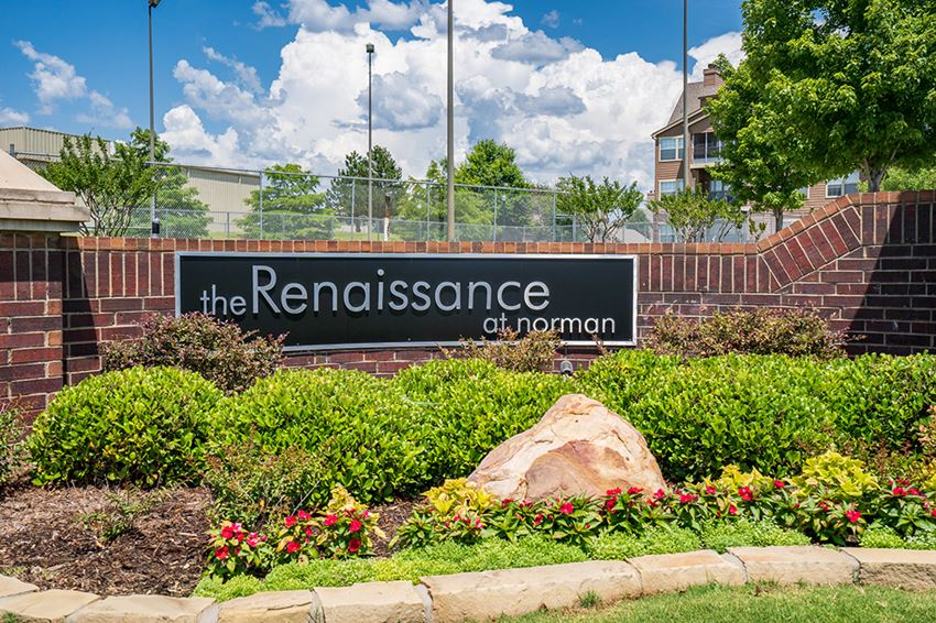 The Renaissance at Norman Monument Sign