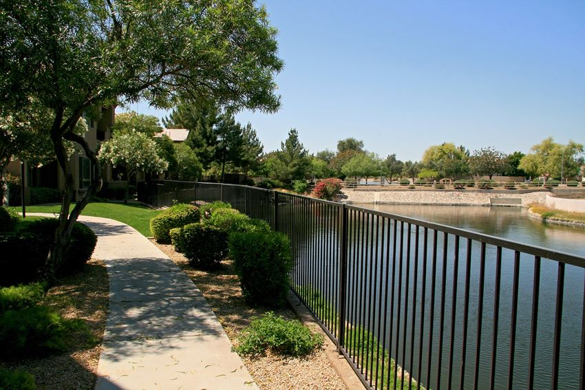 Pathway at Haven at Arrowhead Apartments in Glendale Arizona 2021