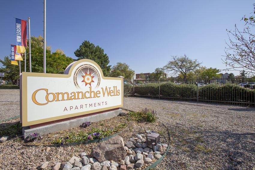 Signage at Comanche Wells Apartments in Albuquerque NM October 2020