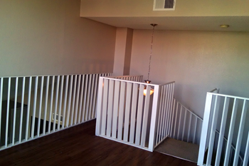 990 E River Rd 2 Beds Apartment for Rent Photo Gallery 1