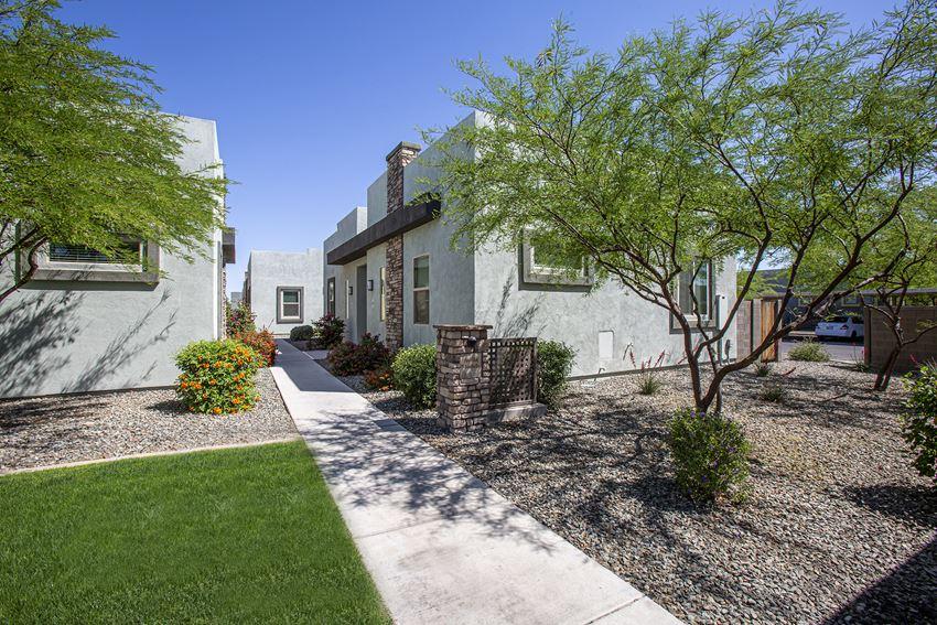 Walkways at Avilla Victoria in Queen Creek Arizona 2021