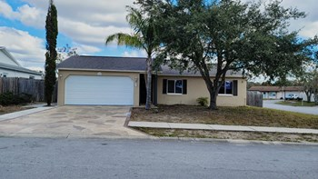 11238 Wolf Court 3 Beds House for Rent Photo Gallery 1