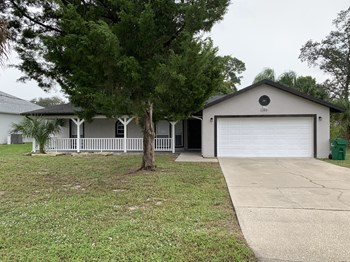 6249 Bamboo Ave 3 Beds House for Rent Photo Gallery 1