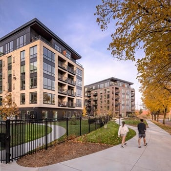 730 1/2 North 1St Street Studio-2 Beds Apartment for Rent Photo Gallery 1