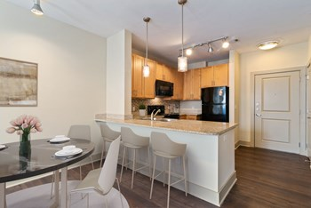 210 11Th Ave N 1-3 Beds Apartment for Rent Photo Gallery 1