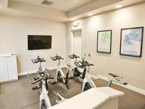 The Highland Apartments Phoenix Fitness on demand