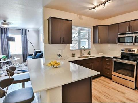 The Highland Phoenix  Apartment kitchen