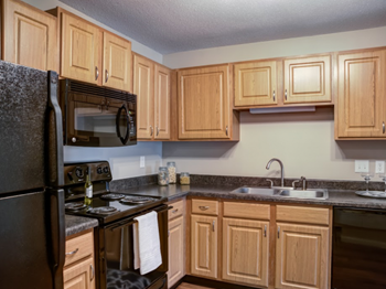 5707 HIGHWAY 7 1 Bed Apartment for Rent Photo Gallery 1