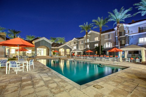 The Highland Apartments Phoenix pool