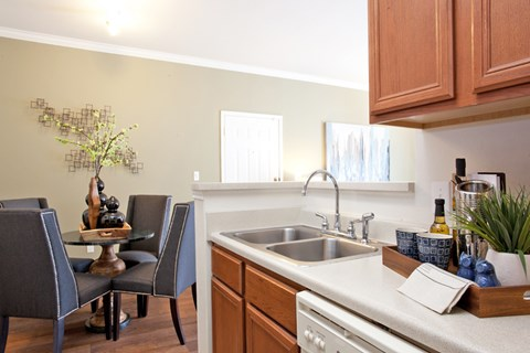 grand prairie apartments for rent, apartments in grand prairie, open floorplan, dining room, kitchen