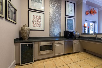 15335 Park Row 1 Bed Apartment for Rent Photo Gallery 1