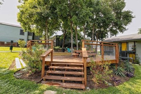 Motif South Lamar Outdoor Social Space