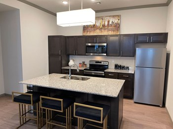 2800 NW 192Nd St. 1-2 Beds Apartment for Rent Photo Gallery 1