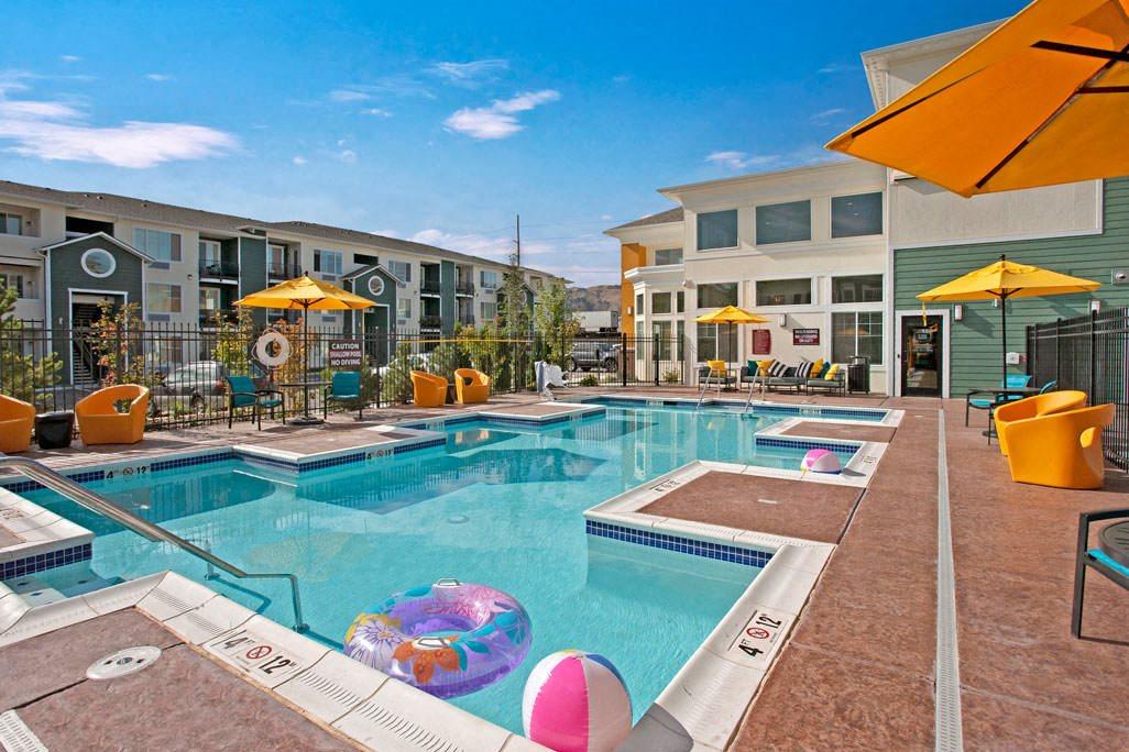 600 Riverside Apartments | Apartments in Wenatchee | Weidner