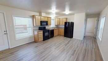 5901 E 6Th Ave 1 Bed Apartment for Rent Photo Gallery 1