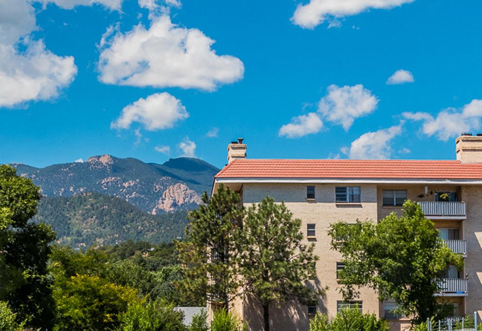 Broadmoor Park Terrace Mountain Views