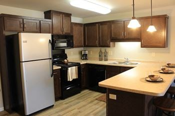 4801 11th Ave W. 1-3 Beds Apartment for Rent Photo Gallery 1