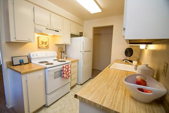 6102 St. Albion Way 1 Bed Apartment for Rent Photo Gallery 1