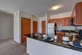 1857 E Kenilworth Place Studio-1 Bed Apartment for Rent Photo Gallery 1