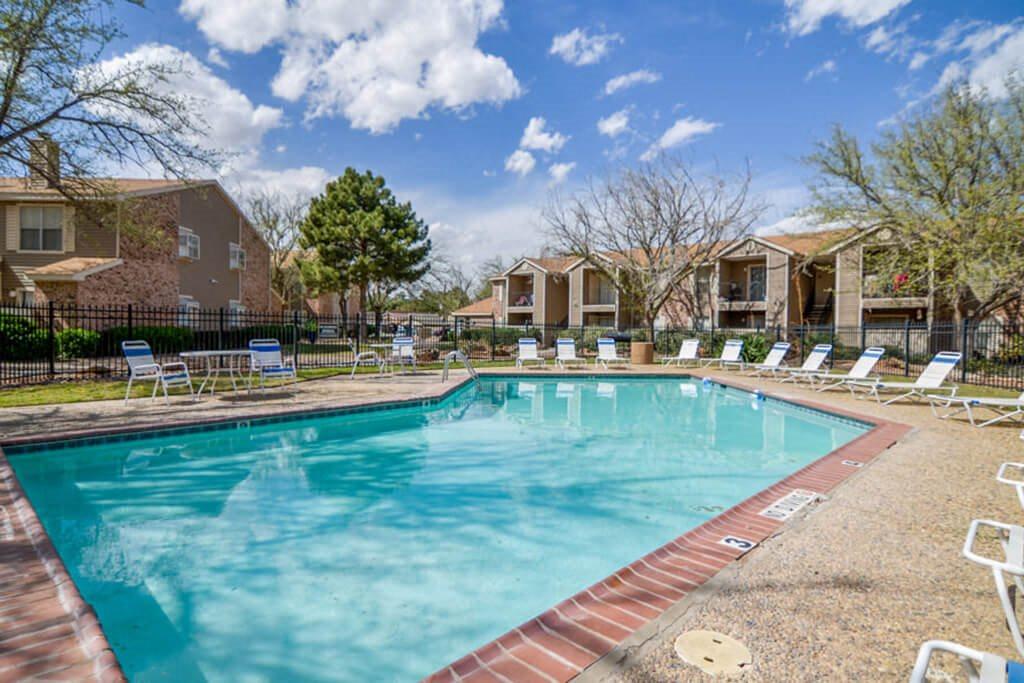 Northridge Court Pool