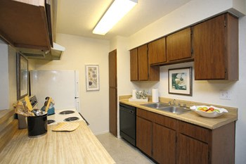3417 North Midland Drive 2 Beds Apartment for Rent Photo Gallery 1
