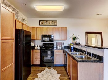 14520 N Pennsylvania Ave 2 Beds Apartment for Rent Photo Gallery 1