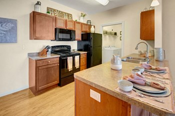 3401 Harvest Hills Ave. 1-3 Beds Apartment for Rent Photo Gallery 1