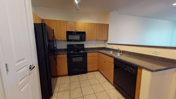 1033 N. Parkside Dr. 3 Beds Apartment for Rent Photo Gallery 1