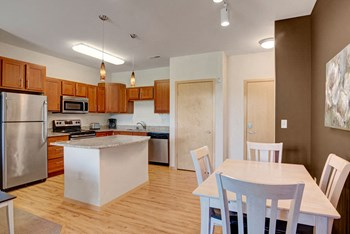 1351 O'keeffe Avenue Studio-3 Beds Apartment for Rent Photo Gallery 1