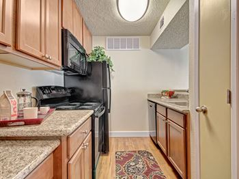 4775 Oakwood Drive 1-2 Beds Apartment for Rent Photo Gallery 1