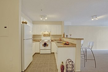 1620 70th Street SE 1-2 Beds Apartment for Rent Photo Gallery 1