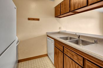1473 W 25th Avenue Studio-1 Bed Apartment for Rent Photo Gallery 1