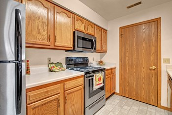 7960 N. 107Th St. 1-2 Beds Apartment for Rent Photo Gallery 1