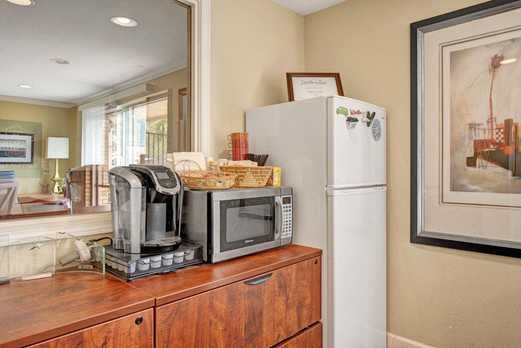 Broadmoor Park Terrace Coffee Machine