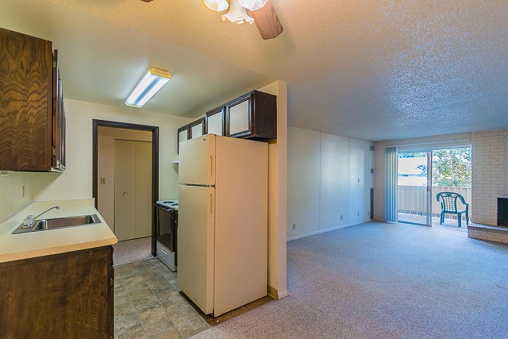 Broadmoor Park Terrace Living Room Kitchen
