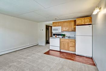 3501 E 42nd Ave 1 Bed Apartment for Rent Photo Gallery 1